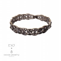 cocoa jewelry Gelang Wanita Korea - Mur Fleur Vit Black Color - No Box