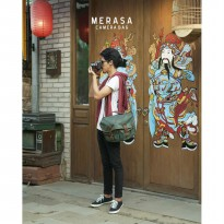 Tas Kamera / tas kamera mirrorless / tas slempang / travel bag
