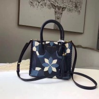 Tas Branded Wanita Michael Kors Floral Leather Tote