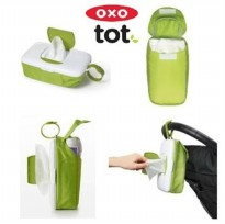 Oxo Tot On The Go Wipes Dispenser & Diaper Pouch-Green
