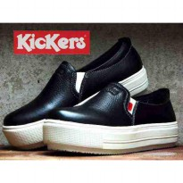 sepatu slip on kickers high kulit