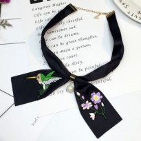 [SCARF] 028FCCr Retro Roses Splicing Scarf Metal Chain Buckle Pearl Black Flower Pink