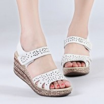 SANDAL WEDGES ZR01 PUTIH