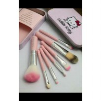 kuas make up 7 pcs Hello Kitty Travel Set