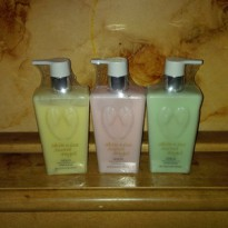 SKIN KISS SECRET ANGEL LOTION PARFUME - SKIN KISS FRAGRANCE LOTION