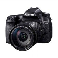 Canon EOS 70D Kit 18-200mm f/3.5-5.6 IS WiFi Hitam Kamera DSLR Free Screenguard Terpasang