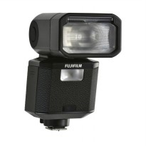 Fujifilm EF-X500 Flash Kamera for Fuji GFX or Fuji X - Hitam