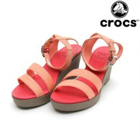 Sepatu Crocs Leigh Wedges Women - CR113826JD|Crocs Women Wedges|Sepatu Crocs High Heels Cewe ORI