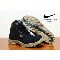 Terbaru Nike Boots Safety California Hitam SPYMR:007070