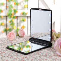 Cermin Lipat Makeup Pocket Size Foldable Mirror with LED Light