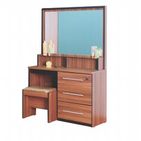 Prissilia Meja Rias Diamond Dressing Table