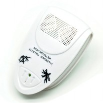 Bug Scare Ultrasonic Rat Pest Control Repeller / Anti Nyamuk - White