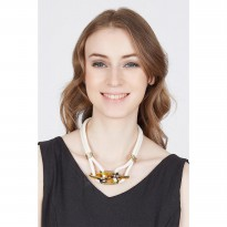 Kiarn Necklace White