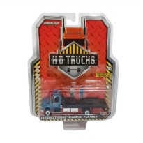 Greenlight HD Trucks Series 2 International Durastar Flatbed with 2 Figures Diecast Miniature [1:64]