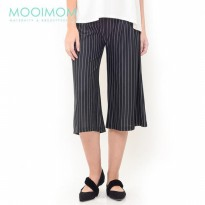 Maternity Under The Bump Crepe Culottes in Stripe Celan