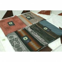 Sarung Gajah Duduk Signature (High Quality)