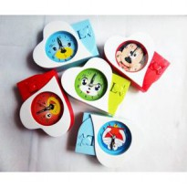 Jam Weker Karakter Motif Hello Kitty Doraemon Princess Mickey Bear War