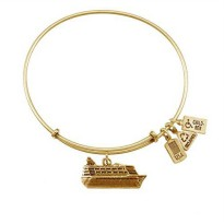 [macyskorea] Wind and Fire 3-D Cruise Ship Gold Tone Medal Charm Bangle/11601056