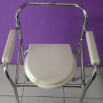 kursi bab / commode chair