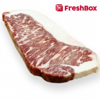 Daging Striploin MB 7 Steak 200-300 gr FreshBox