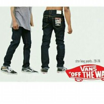Jeans Man Black Vans Off the Wall