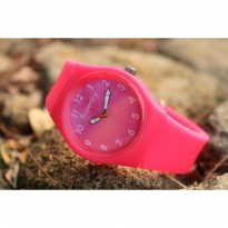 Jam Tangan Analog SUPERDRY RUBBER PINK