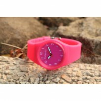Jam Tangan Analog SUPERDRY RUBBER DARK PINK