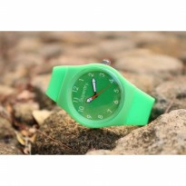 Jam Tangan Analog SUPERDRY RUBBER GREEN