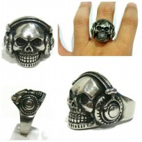 Skull Ring Hiphop - Cincin Tengkorak DJ - Earphone