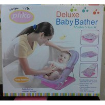 Baby Bather merk Pliko Deluxe three position