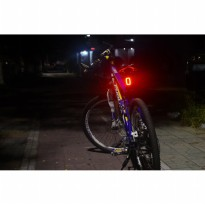Lampu Sepeda Rechargeable Bicycle Meilan X6