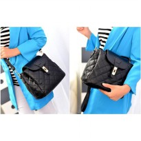 KGS Tas Selempang Wanita Import Batam  3 compartment Geometric Sling Bag Hitam