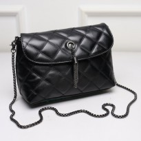 KGS Tas Pesta Formal Wanita Clutch Baguette Geometric Chain Lock Hitam 5671a17dfa