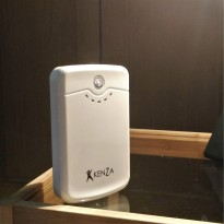 Kenza Powerbank - Power Bank 12800 mAh - 2 A dan 1 A USB Ports