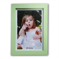 PHOTO FRAME MDF HIJAU MUDA 8R (20x30)