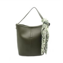 London Berry by HUER - Candy Bucket Bag With Scarf Green