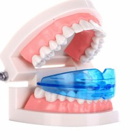ORTHODENTIC RETAINER TEETH TRAINER ALIGNMENT