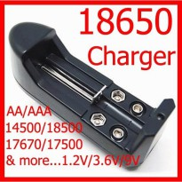 Universal baterai charger