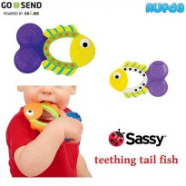 Sassy Teething Tail Fish, Teether Bayi 3 Bulan +