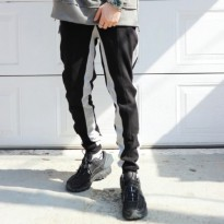 [LAUL] SIDE LINE JORGGER PANTS BLACK/GRAY LINE