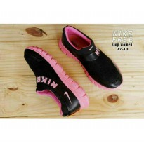 Sepatu Nike Woman Free Slip On Black Pink
