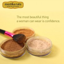 Mustika Ratu Simply Stay Loose Powder
