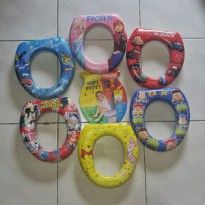 pottyy seat ( ring penyangga closed anak karaker toilet training child