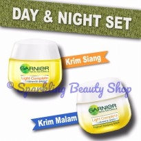 [SET] Garnier Light Complete White Speed (Day SPF Cream + Night Cream)