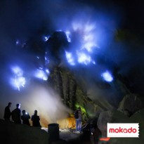 Blue Fire Ijen Midnight Tour For Couple - Javanesia