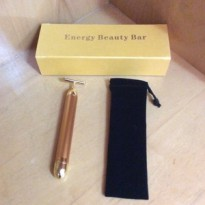 FACE LIFT 24K ENERGY BEAUTY BAR MENIRUSKAN WAJAH