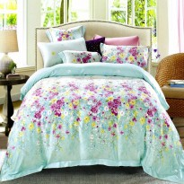 Sleep Buddy Sprei dan Bed Cover Chicco Queen Size Sutra Tencel