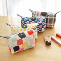 Beli 1 Gratis 1 (Motif ) Pouch Tas Kosmetik Bag Make Up Body Lotion Aksesoris