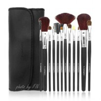 Brush / Kuas MAC set 12 pcs / isi 12 piece 12pcs Dompet Kancing Black