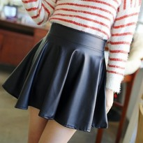 W44 Faux Leather Mini Skirt Rok Mini Kulit Leather  Import